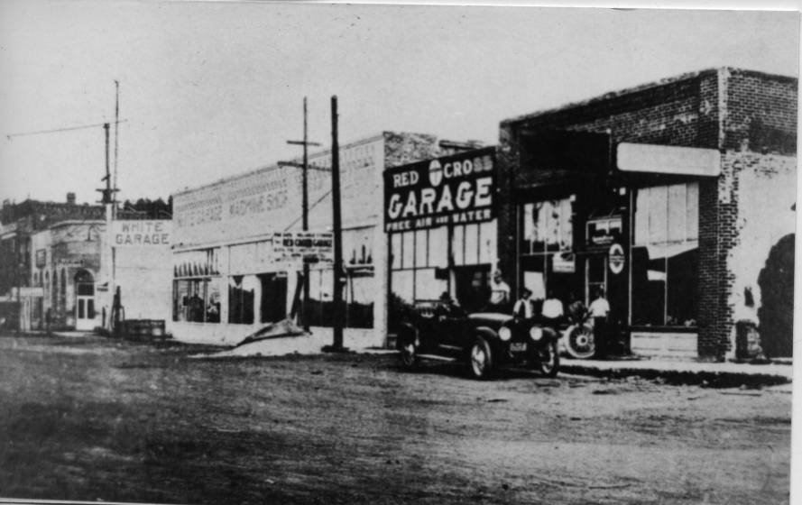 Early Car Repair Garages on The Old Trails Highway (Route 66