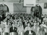 Audience at the Phoenix Little Theatre, with Hollywood Actor William Bendix and Bob Goldwater in...