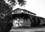 Photograph of a barn at the Ganado Navajo Presbyterian Mission in Ganado (Ariz.)