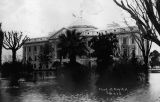 Photograph of a flood at the Arizona Territorial Capitol in Phoenix (Ariz.)