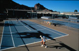 Photograph of tourists playing tennis in Phoenix (Ariz.).