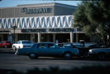 Photograph of Biltmore Fashion Square, a shopping center in Phoenix (Ariz.).