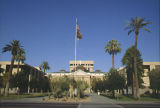 Photograph of the Arizona State Capitol in Phoenix (Ariz.).